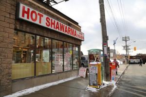 2013128-hot-shawarma